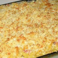 Macaroni met kaassaus en ham